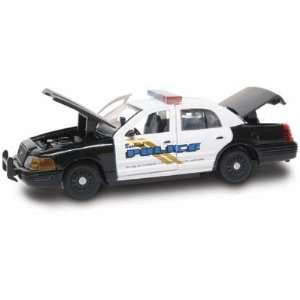 Gearbox 1/43 Premier Edition Burbank, CA Ford Crown Vic