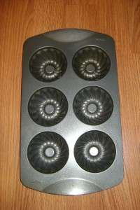 Wilton Non Stick Mini Fluted Mold Cake Pan,Instructions