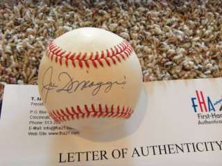JOE DIMAGGIO Signed Baseball First Hand Auth.#A 618252