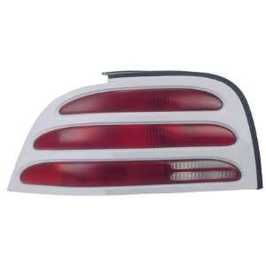 94 95 FORD MUSTANG Left Tail Light (W/ WHITE RIM) Driver (1994 94 1995