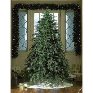 7.5 Hunter, Prelit Artificial Christmas Tree, 850 Clear